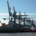 Pelabuhan bongkar muat Bremerhaven